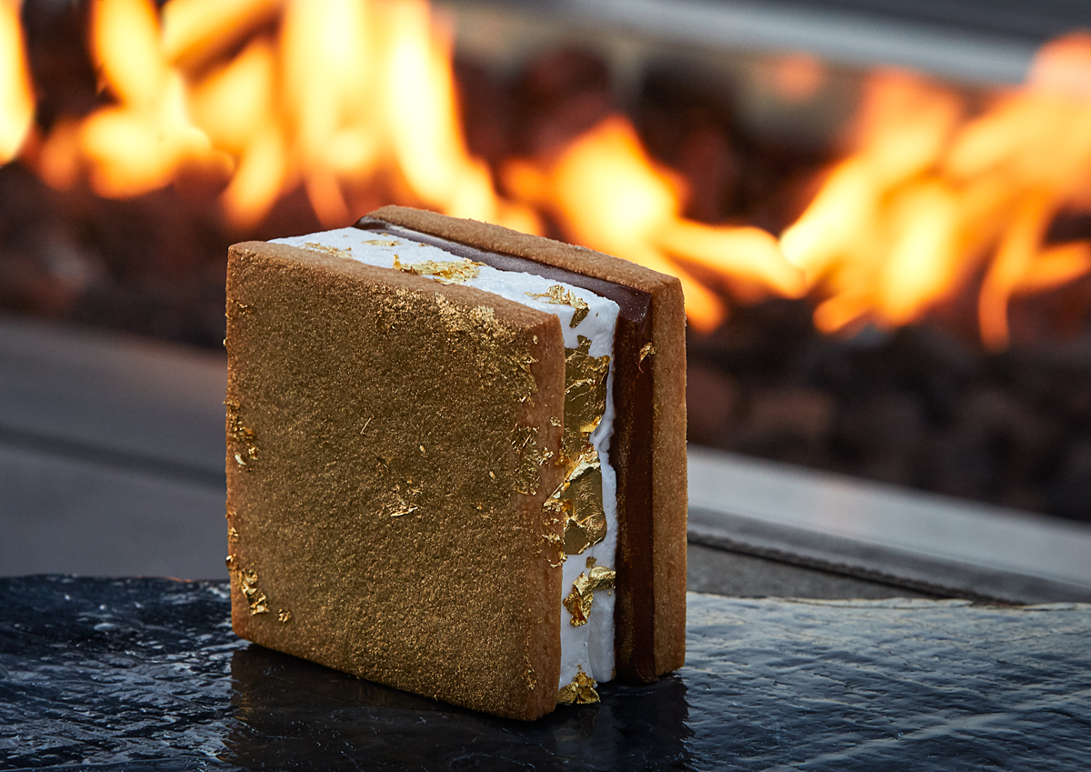 dessert-photography-gold-smores-luxury-hotel