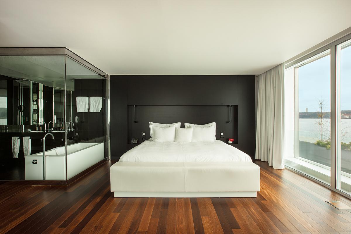 Modern-luxury-hotel-interior