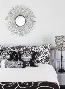 black-white-bedroom-interior-image