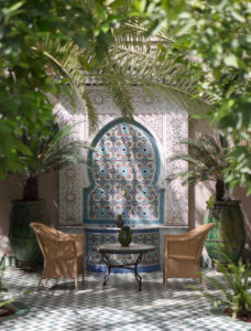 morocco-patio-fountain-tourism-photo