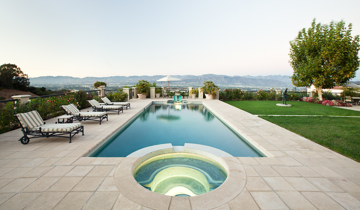 pool-view-beverly-hills-photo