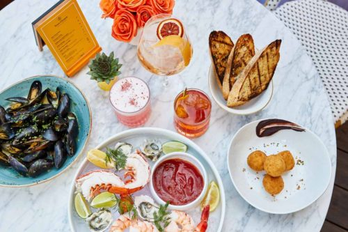 Gourmet_seafood_spread_overview_photo