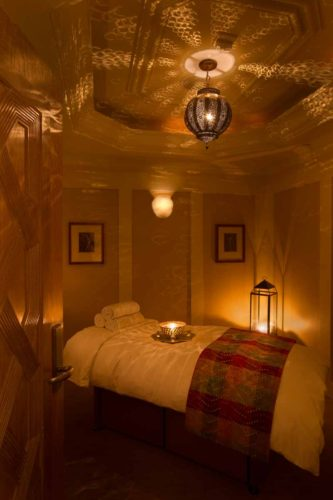 spa-massage-room-luxury-hotel-photography