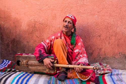 Marrakech_Gnaoua_street_musician_Portrait