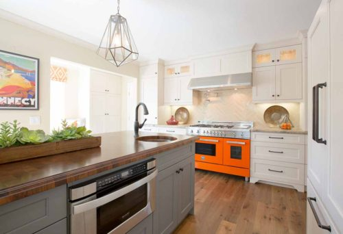 colorful-contemporary-kitchen-photograph