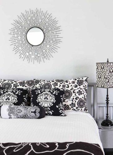 black-white-bedroom-interior-image