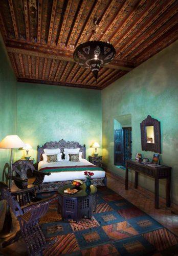 Moroccan-green-luxury-hotel-room