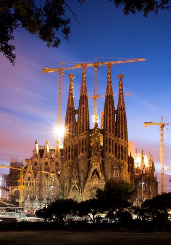Sagrada_Familia_Barcelona_Twilight